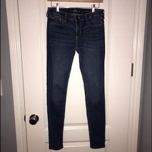 HOLLISTER JEANS !! low rise super skinny